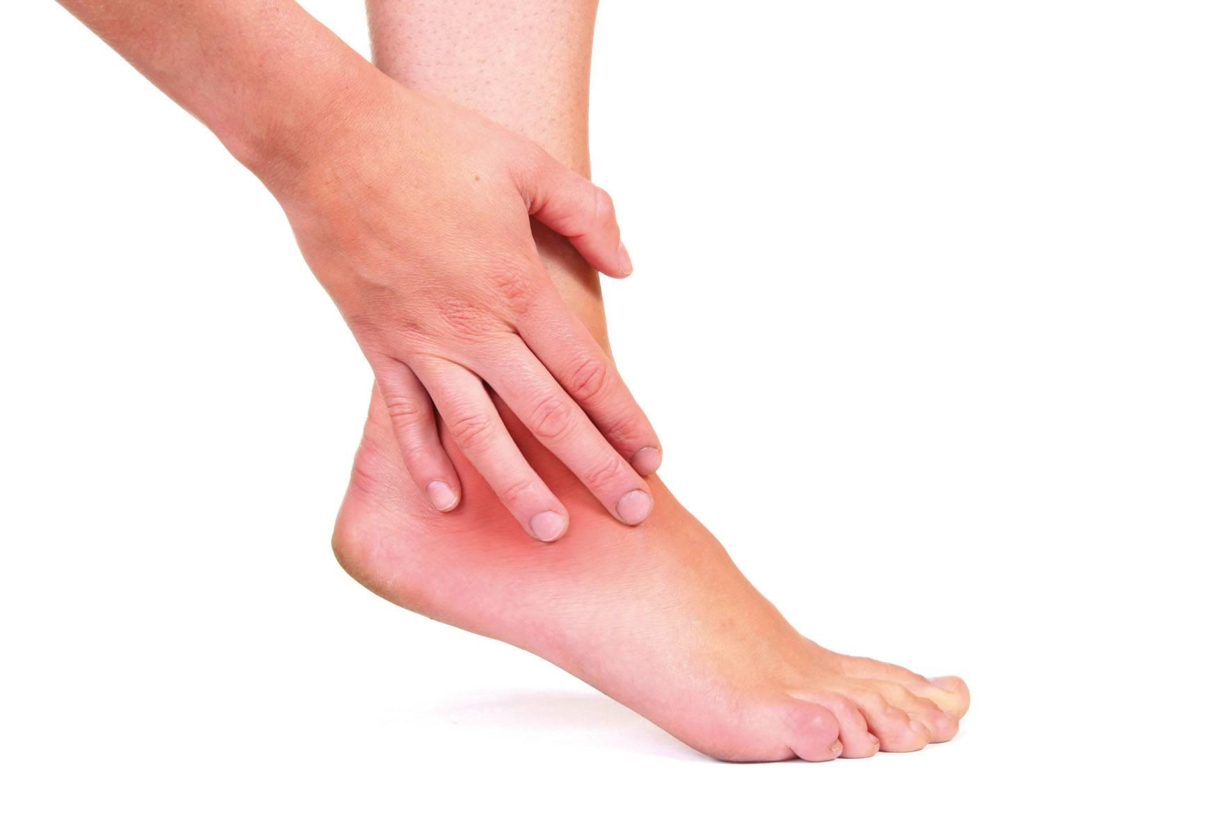 Боль в пятке при ходьбе: причины, виды боли, эффективное лечение