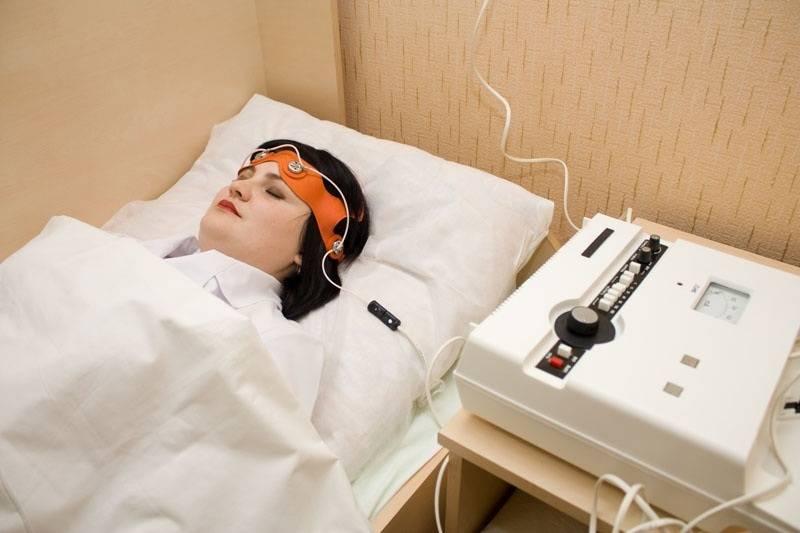 Что такое электросон: показания и противопоказания для процедуры
