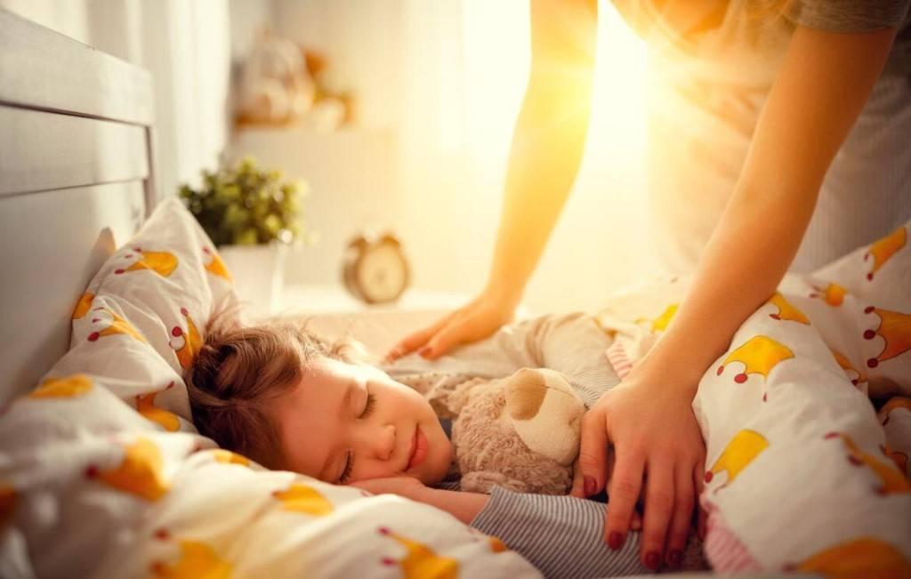 роли картинки где спит семья центре окружности