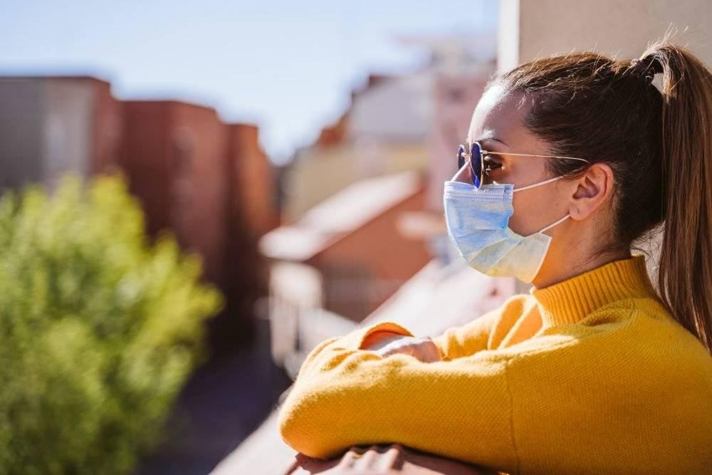 Сколько живет коронавирус в окружающей среде
