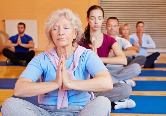 Физические упражнения для пожилых мужчин: польза, правила и пример плана на неделю