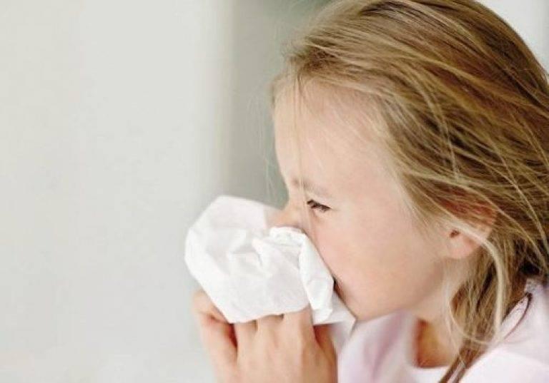 Осипший голос у ребенка без признаков простуды: почему возникает и как лечить