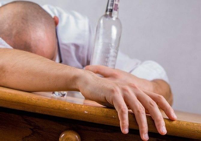 Эпилепсия во сне: симптомы ночных эпилептических припадков, первая помощь при приступах во время сна, особенности лечения заболевания у взрослых и детей