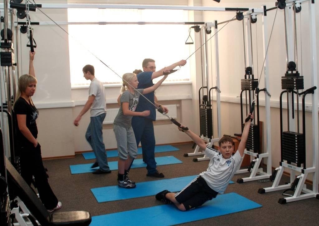 Упражнения для спины бубновского в домашних условиях: полный курс + растяжка