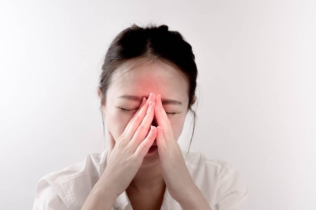 Болят глаза при простуде и гриппе (резь, больно шевелить): причины, что делать?   fr-dc.ru