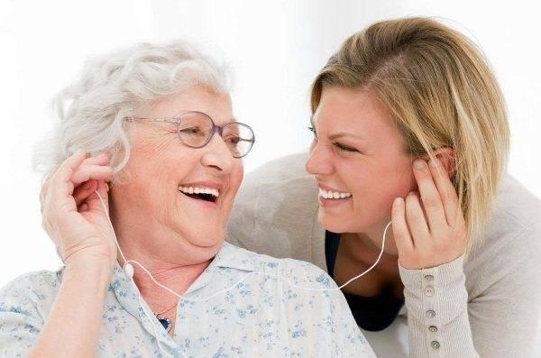 Зарядка для пожилых людей за 50-60-80 лет: утренняя, китайская, японская, лечебная — medists.ru