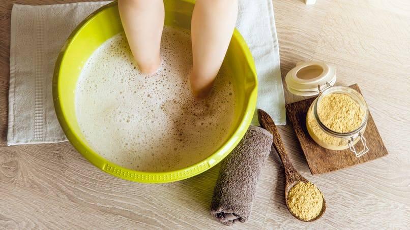Горчица детям - как парить ребенка (в носки), от кашля, можно ли?