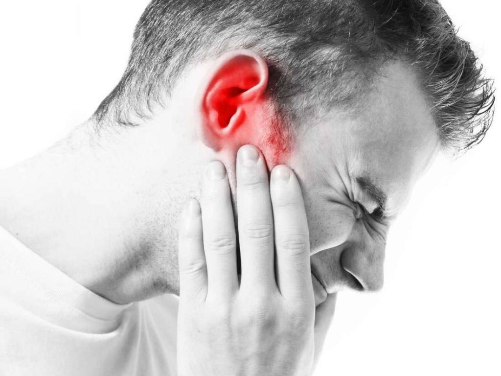 Боль в ухе при глотании - причины и лечения для ребенка и взрослого