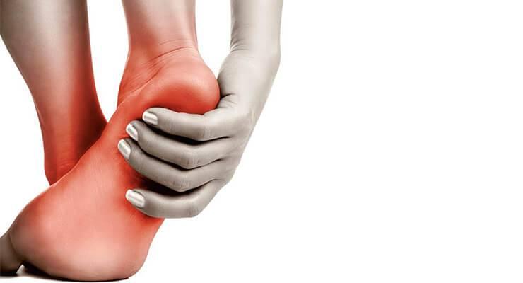 Болит пятка и больно наступать: причина болей при наступании и ходьбе, лечение