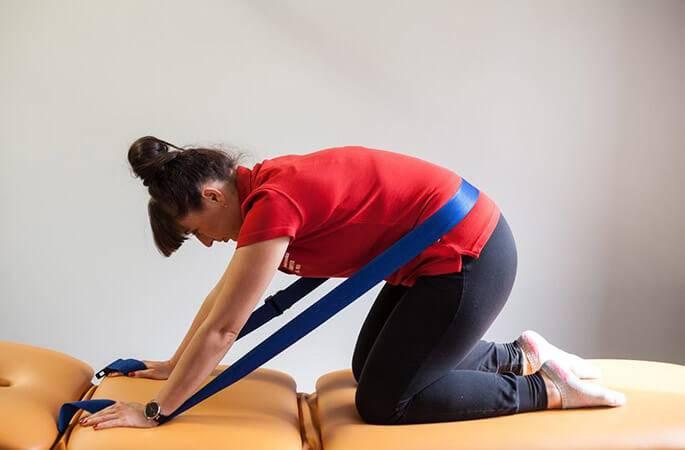Зарядка с утра для позвоночника с грыжей - лечение суставов